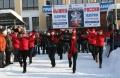 Зажигательный танец перед парадом участников